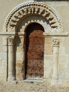 Auvillars Porte latérale