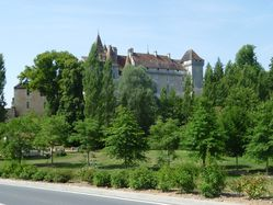 CHATEAU-LEVEQUE.jpg