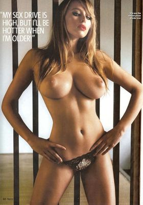 keeley-hazell-topless-boobs-nuts-06.jpg