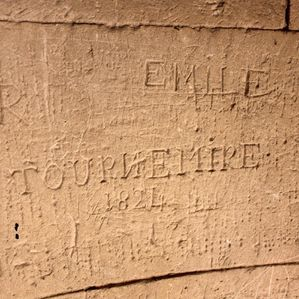 graffitis-eglise-château-titiche 074