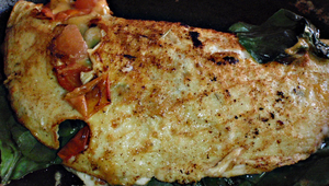 omelette-epinards-tomates-fromage.png