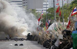 thailande-bangkok-chemises-rouges-armee-offensive-affrontem