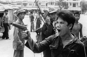khmer-rouge-soldiers-3