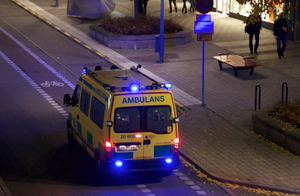 Ambulance_in-Street.png
