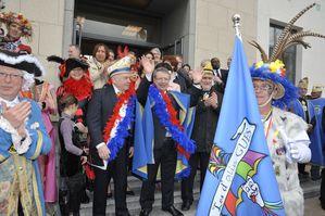 Re-ception-carnaval-drapeau-Dglingue-s.jpg