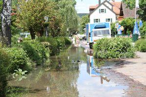 4.6.2013-13.00-Hochwasser-1-Mainlaende-Biergarten.jpg