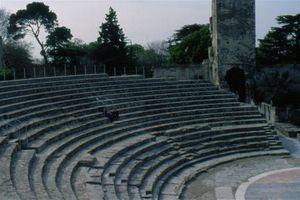Arles-A33.jpg