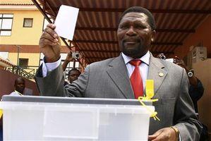 Angola_election_Isaias.jpg