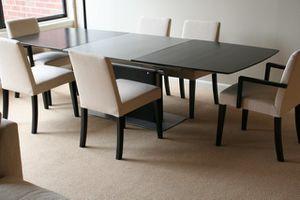 812-boconcept-table_1081.jpg