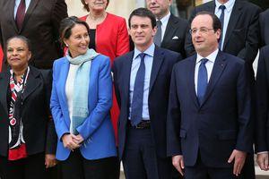 Segolene-Royal-ministre-de-l-Ecologie-prend-la-pose-sur-la-.jpg