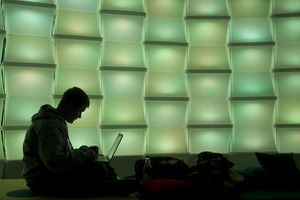 57219_woman-uses-computer-in-lounge-area-of-chaos-communica.jpg