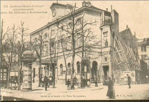 place-abbesses-mairie.jpg