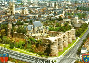 chateau-Angers0001.jpg