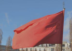 13-02-02--Drapeau-rouge.jpg