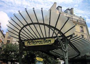 Metro.-Chatelet-Guimard-IMG_1034-c.jpg