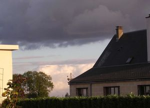 chartres nuages