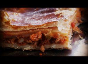 Empanada-bolones-y-queso.JPG