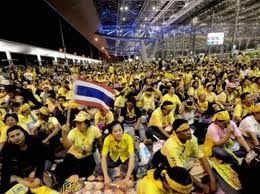 chemises jaunes