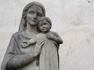 Statue de Notre Dame de la Paix