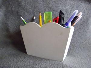 pot-a-crayons--2--copie-1.JPG