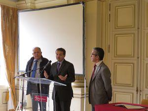 2013-02-00-eau-convention-mairie 0375
