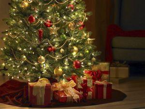 pourquoi-s2019offre-t-on-des-cadeaux-a-noel-e1324305990296