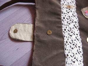 sacs-velours-marron-boutons-nacre-et-dentelle-008.jpg