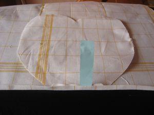 tablier-serveuse-vichy-et-dentelle-002.jpg