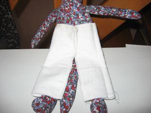 ensemble-pantalon--chemise-casquette-mimi-la-souris-001.jpg