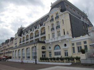 Cabourg gd hotel côté plage
