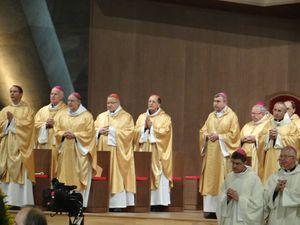 Messe-cloture-Assemblee-Pleniere-nov-2014-Nicole-Boulet.JPG