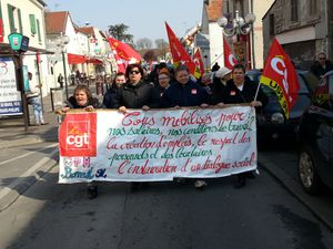 26-03-14 MANIF VERS MAIRIE