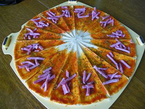 croissant-pizza-5.jpg