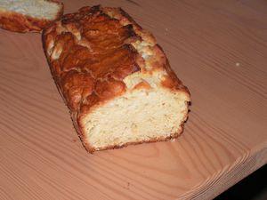 cake-aux-poires-et-gingembre--1-.JPG