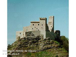Rocca-Varano-Camerino--3-.jpg