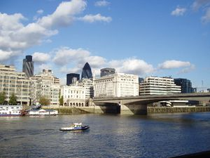 london-bridge-5.jpg