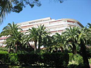 Evaluation-Gratuite-de-votre-appartement-au-Palais--Montfle.jpg