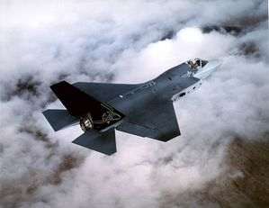 Lockheed_F-35_Joint_Strike_Fighter.jpg