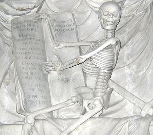 mausolee-de-sade.jpg