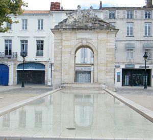 Rochefort-fontaine-Colbert-001.JPG