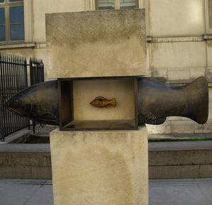 Francois-xavier-Lalanne--le-poisson--bronze--1994.jpg