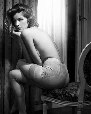 laetitia-casta-by-vincent-peters-for-elle-france-january-20.jpg