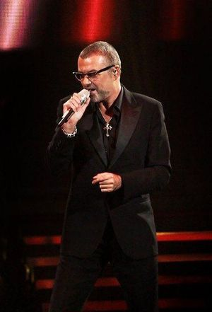 george-michael-performing-his-symphonica-tour-at_5916851.jpg