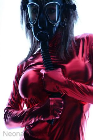 neonasty--gasmask-erotic3_big.jpg