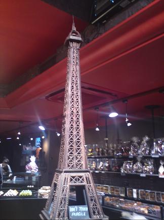 Tour-Eiffel-chocolat.png