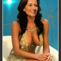 royal_segolene_sexy_decollete_karinevillard_lobofakes-200x2.jpg