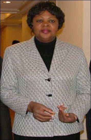 Pauline Kabangu
