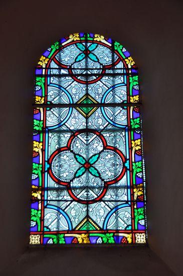 eglise-150-vitrail