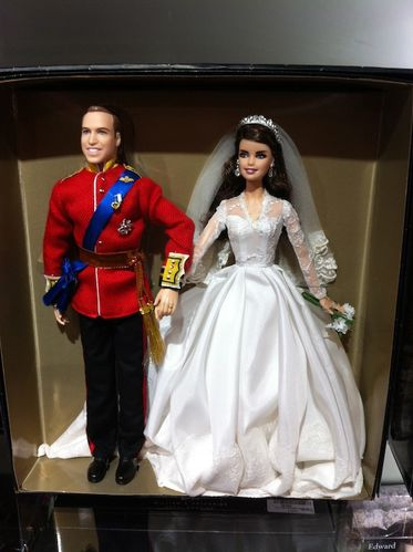 Barbie_collection_William_kate.jpg