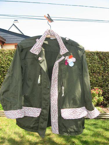 customisation--feminisation-veste-militaire-avec--copie-20.jpg